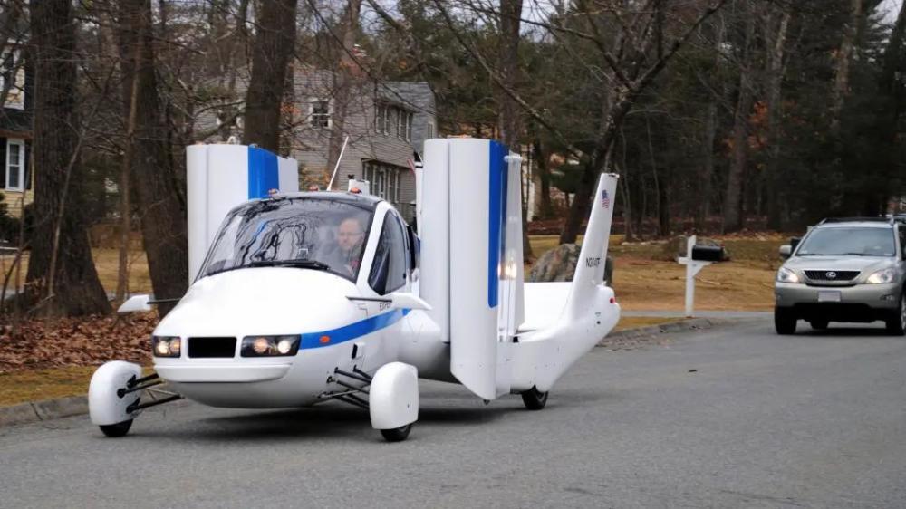 吉利早期的飞行汽车