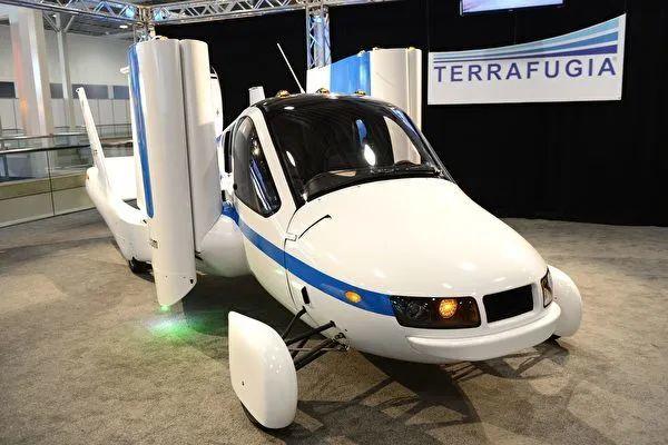 世界首辆飞行汽车Transition获准上天