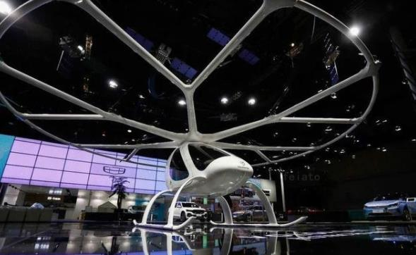 吉利 小鹏飞行汽车来了 就在2021上海车展
